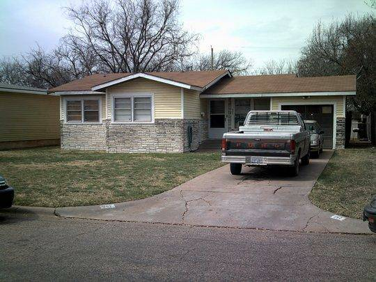 LOOKING FOR PAST HOUSEKEEPER  ABILENE