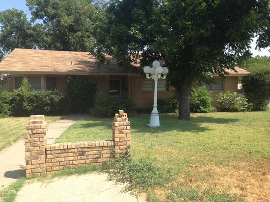 750  3br  3 beds 2 baths Beautiful Home Available For Rent Now