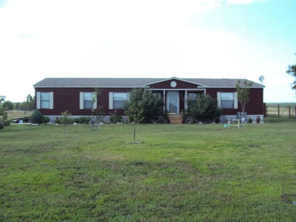 1700ft sup2  - Swap 1 acre country manuf home  Frost  TX