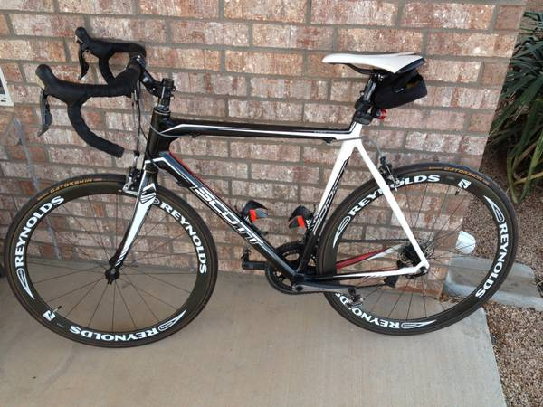 Scott Addict R2 Full Carbon road bike -   x0024 2400  Abilene   Dyess