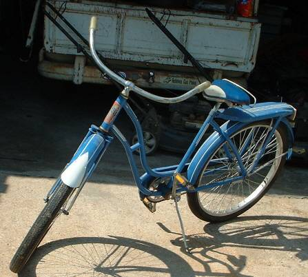 Vintage Monarch Rocket Girls Bike -   x0024 200  Abilene Texas