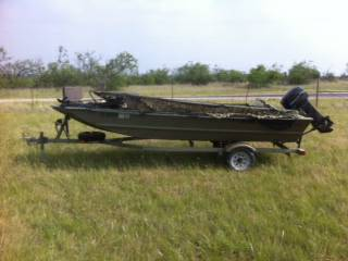 2008 Tracker Grizzly 1648 Jon boat 1982 Mercury 25 HP With Duck blind - $4000 (Brownwood, TX)