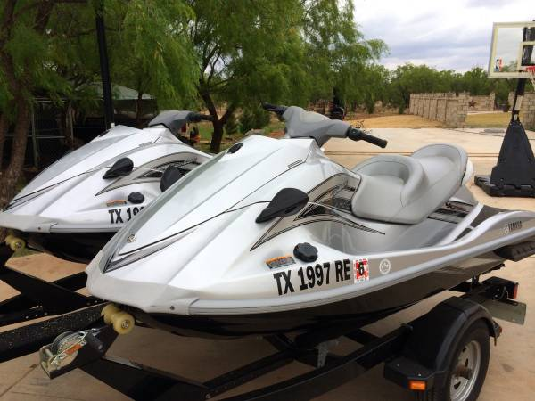 Two 2009 Yamaha WaveRunners for sale  Sweetwater