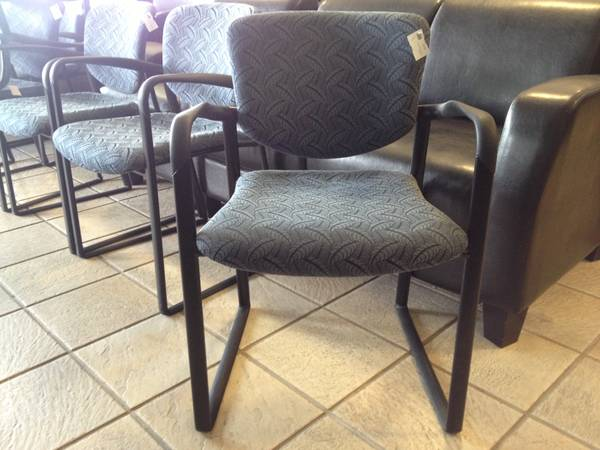 OFFICE FURNITURE - 100 Haworth Fabric Guest Chairs - Like New  - $75 (Carrollton - Office Furniture Connection)