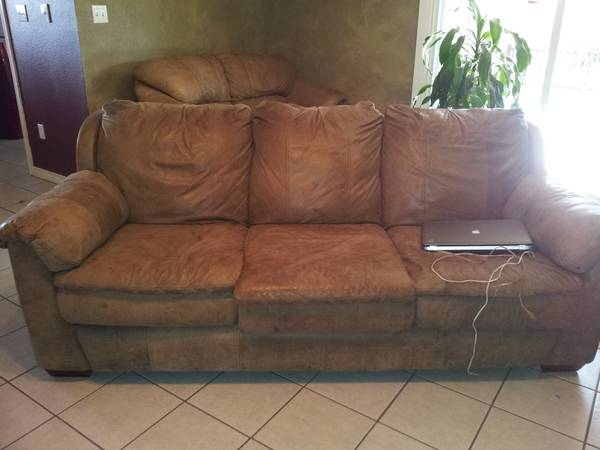 soft leather couch need gone tonight - $100 (abilene)