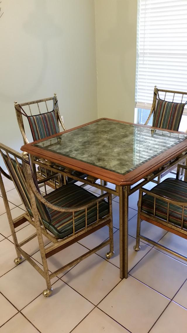 95  Square Table w 4 Chairs
