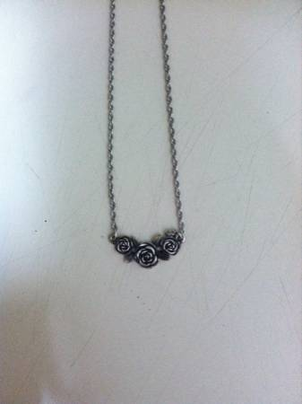 James Avery necklace  -   x0024 75  Abilene