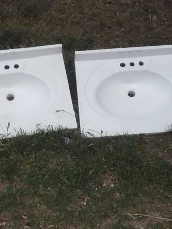 sinks and a printer for sale -   x0024 200  abilene