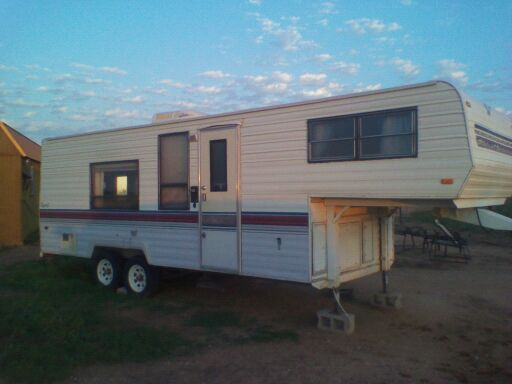 1989 Travel Trailer - $3000 (Potosi)