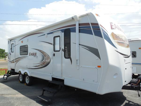 2012 JAYCO EAGLE - SAVE NEW DEPRICIATION     -  LIKE NEW  - 1 OWNER   SANGER  TX