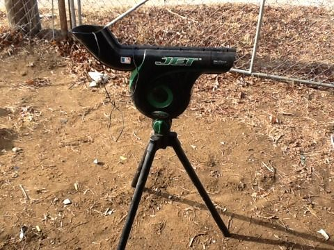 Pitching machine - $45 (Eastland)