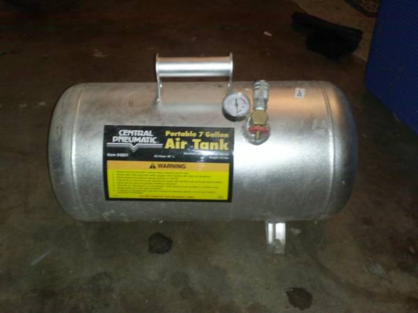 Central pnumatic 7 gallon air tank - $1 (Abilene high)