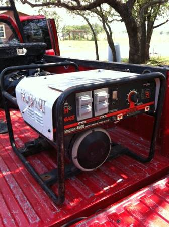 Miller Bobcat 225 Gas Welder On Trailer  Victor Torch - $3500 (Brownwood Texas)