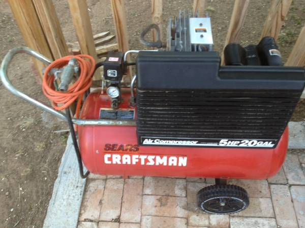 Craftsman 5hp 20 gallon air compressor - $150 (Merkel,Tx)