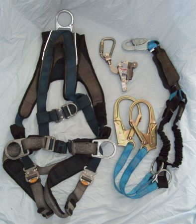 Complete Fall Protection Harness System -- Safety Gear - $300 (Sweetwater)
