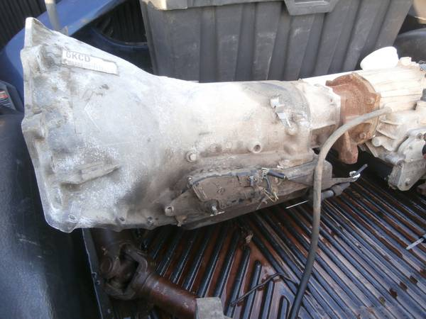96 chevy 4L60E 4X4 transmission with transfer case - $400 (clyde)