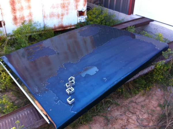 Fiberglass Tonneau bed cover off 2002 Ford SB, others - $250 (Abilene)