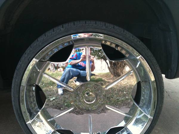 26 Rims with Pirelli Tires - $2500 (Abilene)