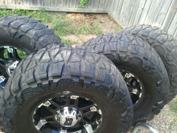 18 XD Rims and 38 Nitto Mud Grapplers for sale or trade - $1600 (Corpus Christi)