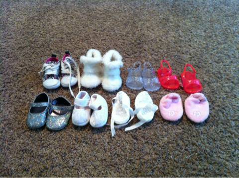 Baby girl shoes - $15