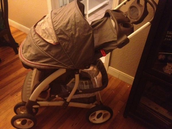 Laura Ashley Stroller - $100 (Abilene)