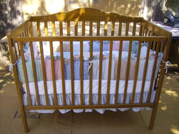 CHILD CRAFT SALEM BABY CRIB -   x0024 150  ABILENE