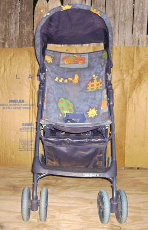 GRACO LIGHT WEIGHT STROLLER -   x0024 20  ABILENE
