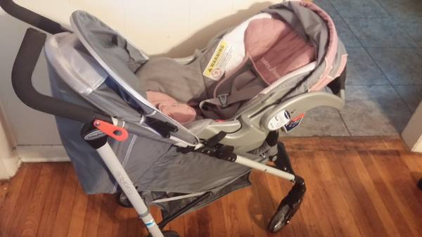 baby trend carseat and stroller -   x0024 100  Anson