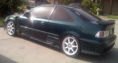 97 Civic Vtec sunroof ,exhaust,touchscreen stereo - $2900 (Sweetwater, tx)
