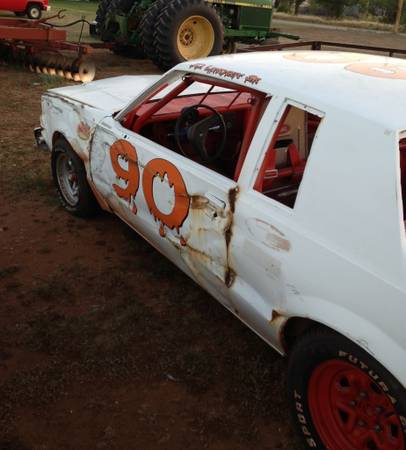 Dirt Track Race Car