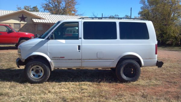 Trade 2002 Chevy Astro Van 4X4 Lifted,Custom,Hunting - $2400 (McCaulley,Tx.79534)