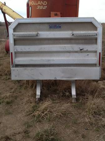 Road gear headache rack aluminum semi - $450 (Hico)