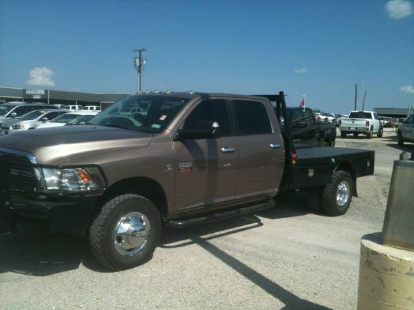 2010 3500 DODGE FLATBED - $359999 (EASTLAND)