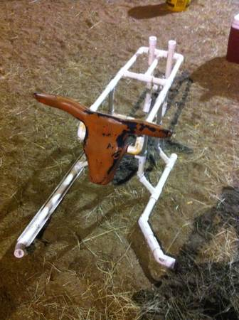 Roping dummies - $250 (Clyde)