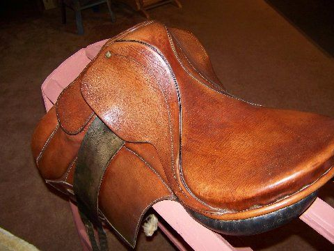 COURBETTE English Saddle - $150 (Lake Brownwood)