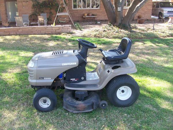 Riding Lawn Mower - $800 (Abilene)