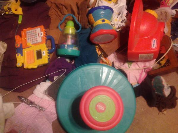 Children s toys GOOD CONDITION -   x0024 5  Southside Abilene