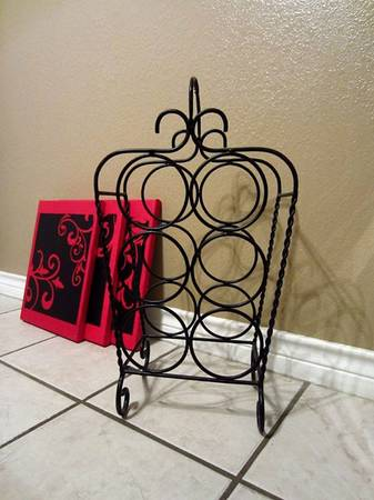 Pier 1 Imports Iron 6 Bottle Wine Rack Red Damask Prints - $20 (Abilene)