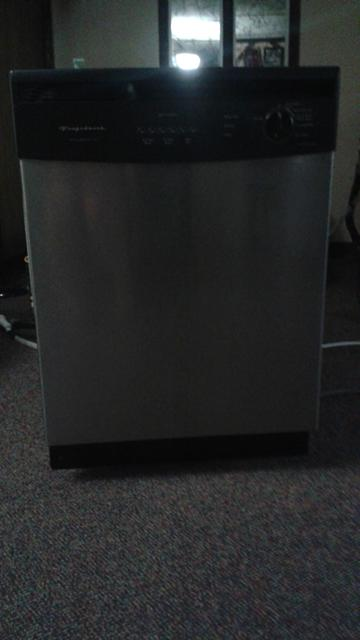 175  Frigidaire Dishwasher