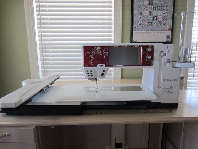 Bernina 830LE Limited Edition Sewing and Embroidery Combo Machine
