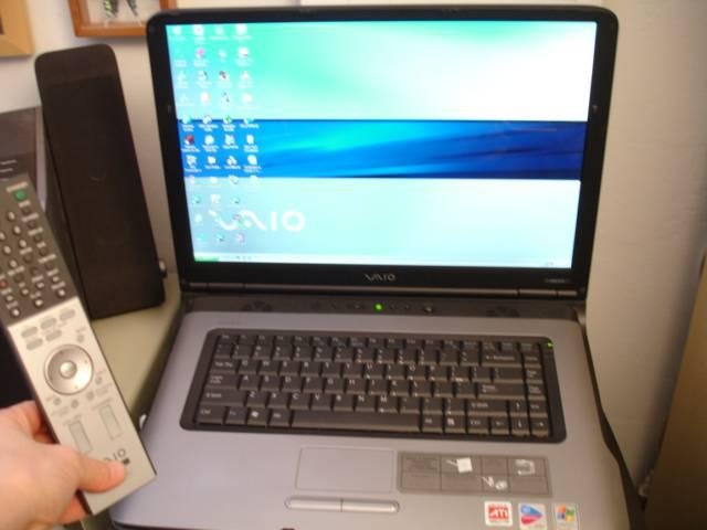 Sony Vaio 17 LAPTOP VGN-A270 xp giga TV DVD Computer - 1500