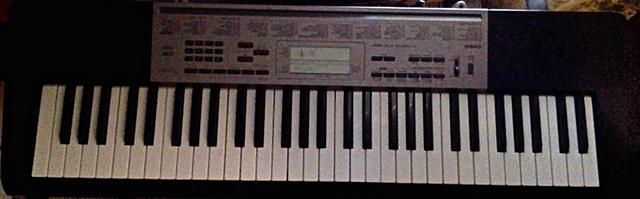 Casio LK-165 Keyboard For Sale