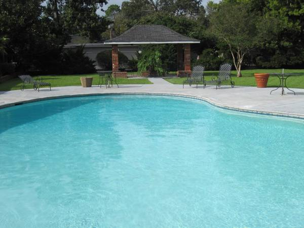 $720 2br - 1000ftsup2 - This deal is Irish Gold 2 bdrm Utilities paid (Savoy Plaza Apartments)