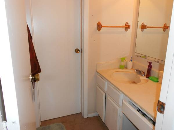 - $397 MAY,JUNE,JULY Super Cheap APARTMENT no lease needed (Baton Rouge)