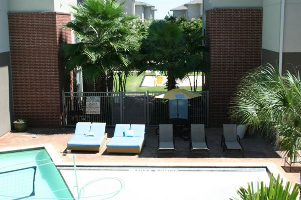 $700 CAMPUS CROSSING highland 2brm for sublease (LSU)