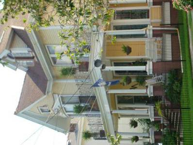 1 000  6br  New Orleans Vacation Rental - Airyn Monet 2 12 blocks to the Mardi Gras Parades