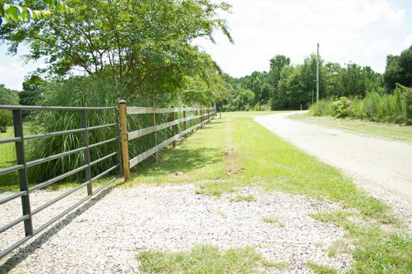 - $275000  5br - 2600ftsup2 - Country Living 42 plus In-Law suite (Pine Grove)