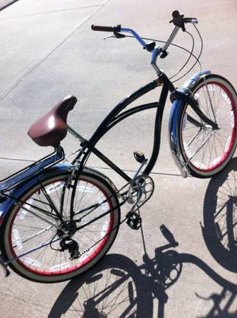 7-Speed Tricked Out Schwinn Beach Cruiser...26 Wheels wWhite Walls - $300 (Baton Rouge)