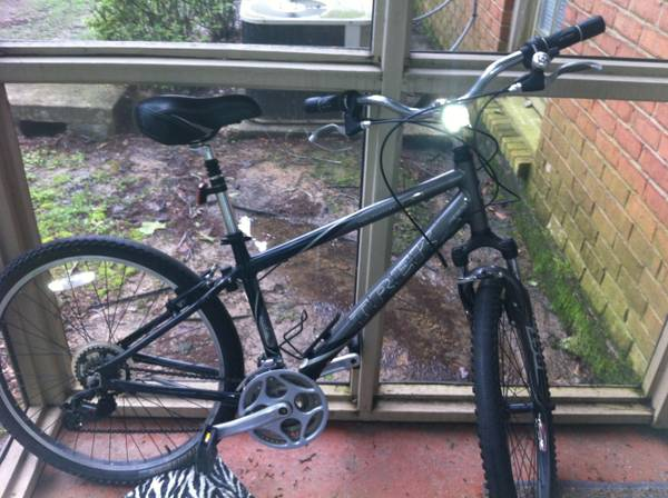 Trek Mountain Bike Womens Navigator 100 - $250 (Baton Rouge)