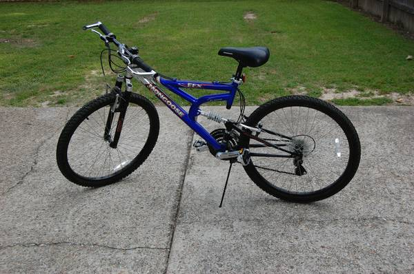 26 Mongoose EFX 21 speed Mountain Bike - $50 (70817)
